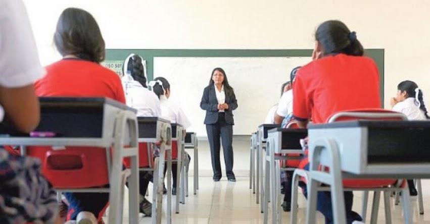 CURRÍCULO NACIONAL: Vocal dejó al voto su posición sobre continuidad del enfoque de género