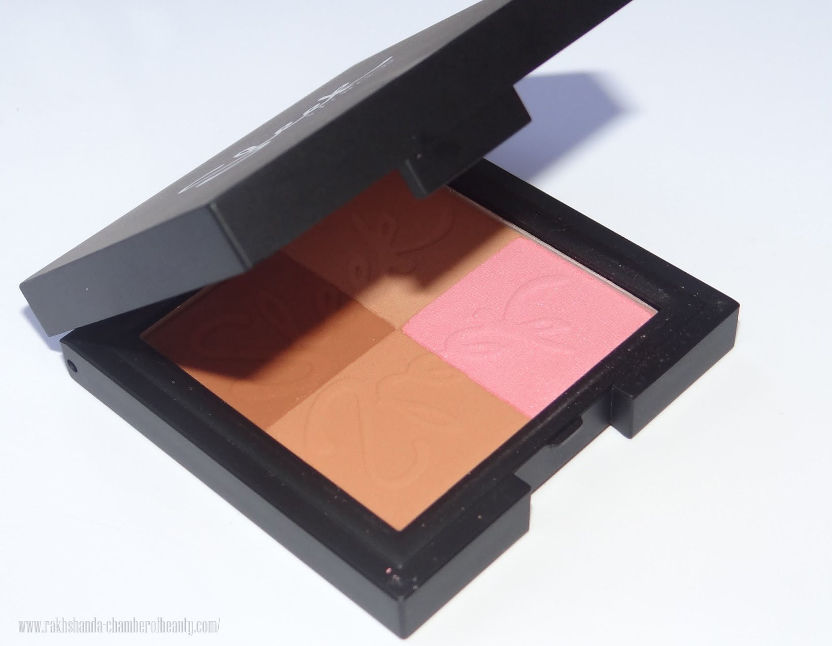 Sleek Makeup Bronze Block LIGHT Review, Photos & Swatches, best drugstore bronzer review & swatches, beauty and makeup, how to contour with Sleek Makeup Bronze Block, Indian beauty blogger, Chamber of Beauty