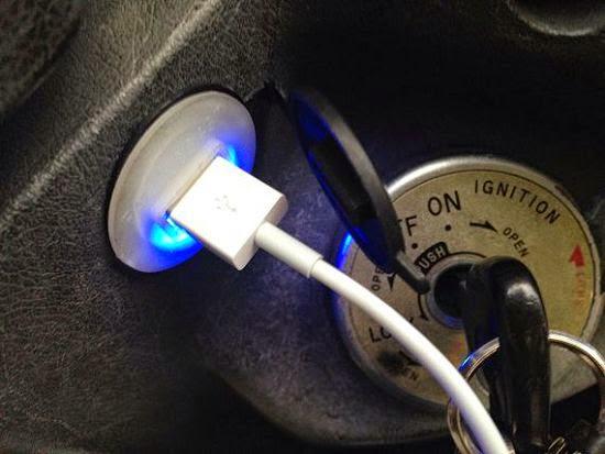 [開箱] 機車小U:機車專用USB車充機車族3C產品救星 IMG_3778