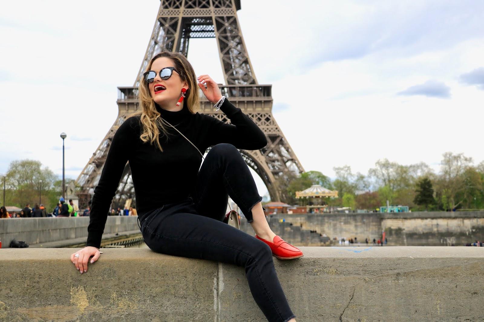 Eiffel Tower blogger pics