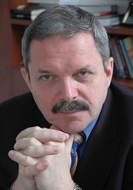 Myroslav Marynovych, vice-reitor da Universidade Católica de Lviv, Ucrânia: o Documento não é mais do que um passa-moleque moscovita