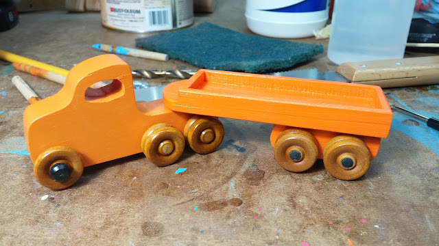 2017-05-11 04.21.40 - Wooden Toy - Play Pal - Trailer - Truck - Orange