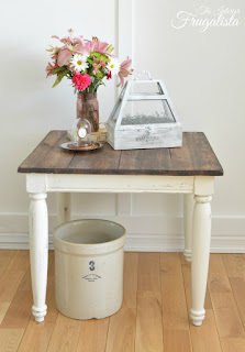 White chalk painted farmhouse side table makeover