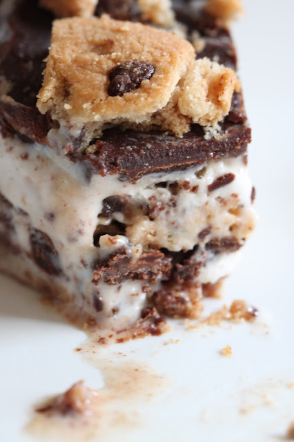 Ice Cream Pie with Chocolate Chip Cookie Crust | Tortillas and Honey