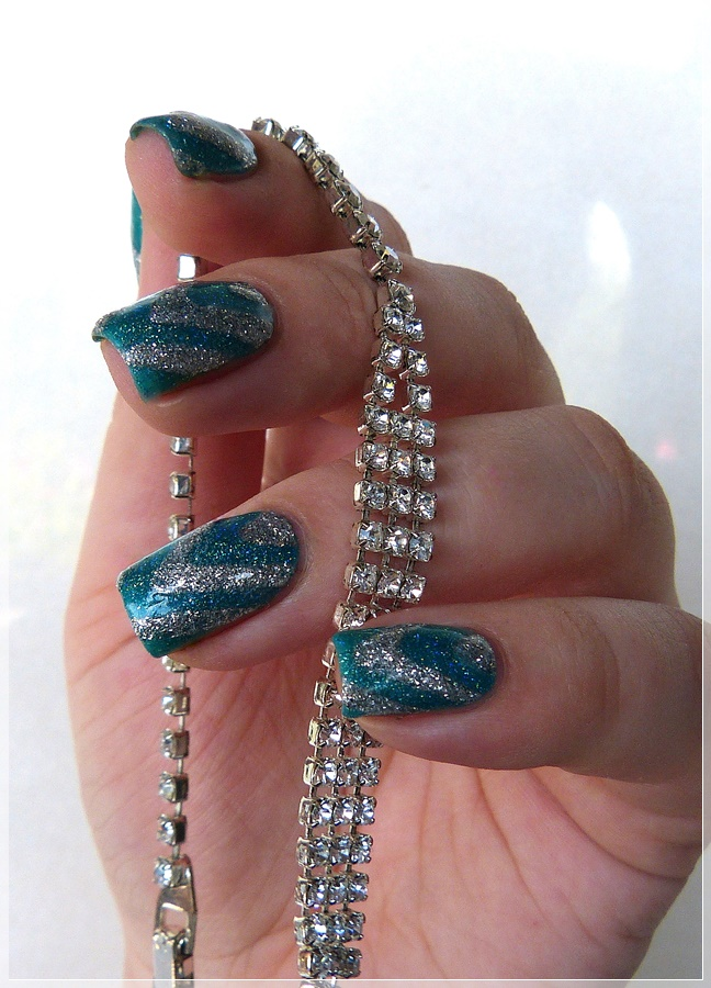 Glitzer Nageldesign
