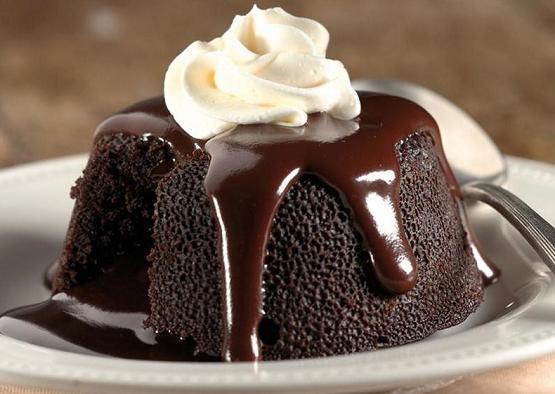 Tips Mencairkan Cokelat Kue dengan Sempurna