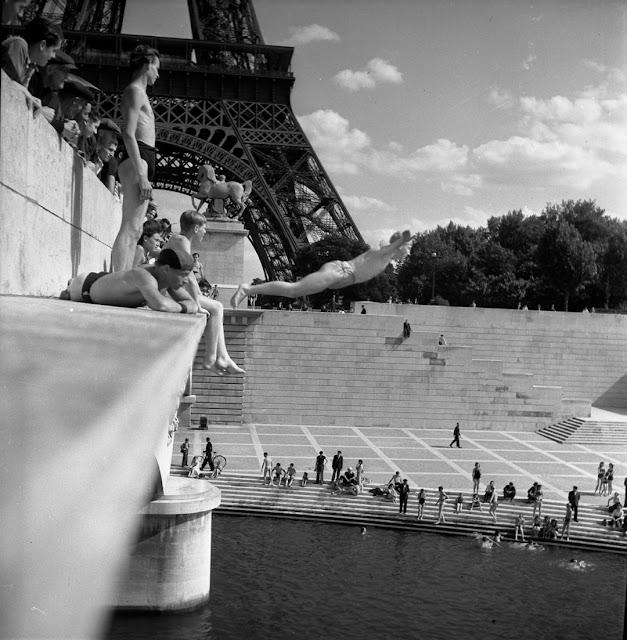 Foto de mergulho no Sena, Pont d'léna, 1945
