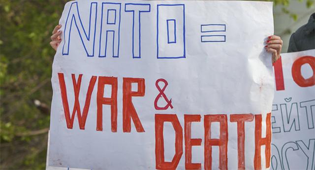 Despliegue de la OTAN en Europa Oriental provoca debates en Alemania