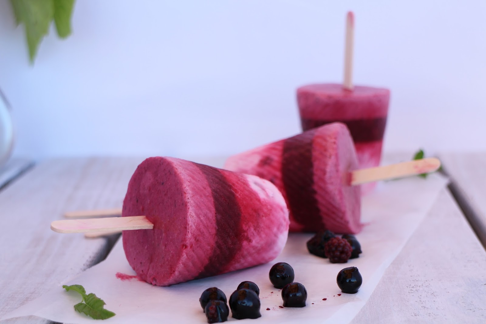 helados-de-frutas-del-bosque, berries-popsicles
