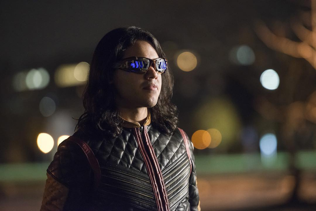 First Official Look At Cisco Ramone's Vibe Suit.