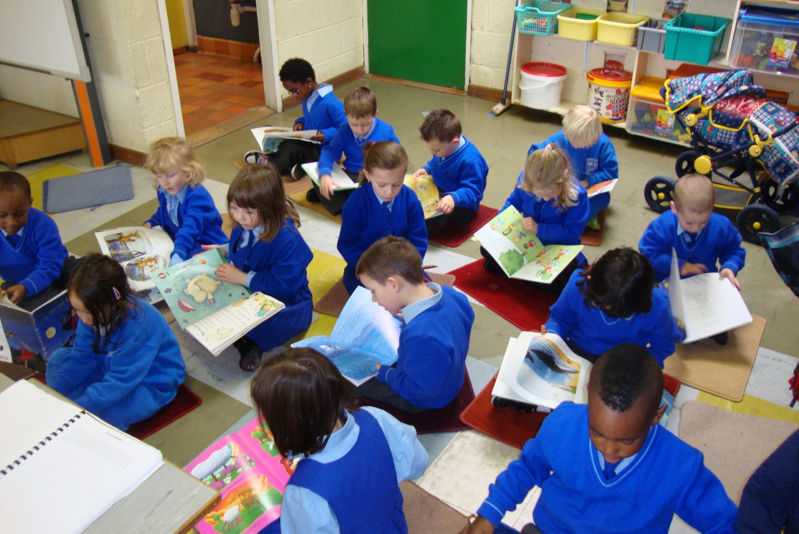 Literacy Site Junior Infant Reading Time Room 1