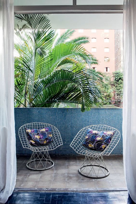 10 Beautiful Porches to Inspire Your Long Weekend.