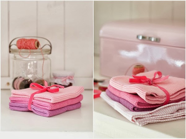 pink knit dish cloths