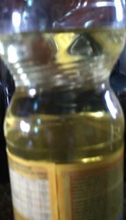 garrafa plástica com óleo de soja