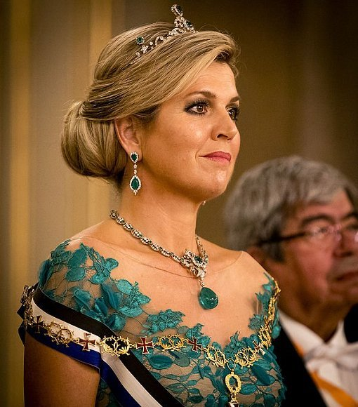 Queen Maxima wore her dress from Dutch fashion designer Jan Taminiau. Diamon Tiara, Diamond Necklace and earrings