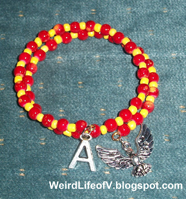 DIY: Marvel's Iron Man inspired beaded memory wire bracelet