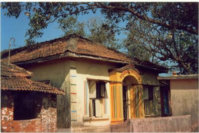 first Sai baba temple at Bhivpuri.-ప్రపంచంలోనే తొలి బాబా గుడి - భివ్పురి. ఆ కథేంటో తెలుసుకుందామా..?