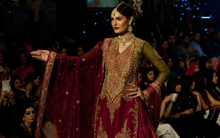 New Pakistani bridal dress 2016