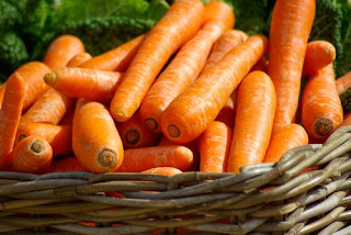 Eat carrot for healthy skin