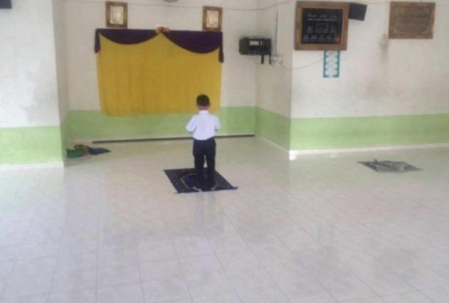 Budak Darjah Satu Tak Pernah Lepas Solat Dhuha