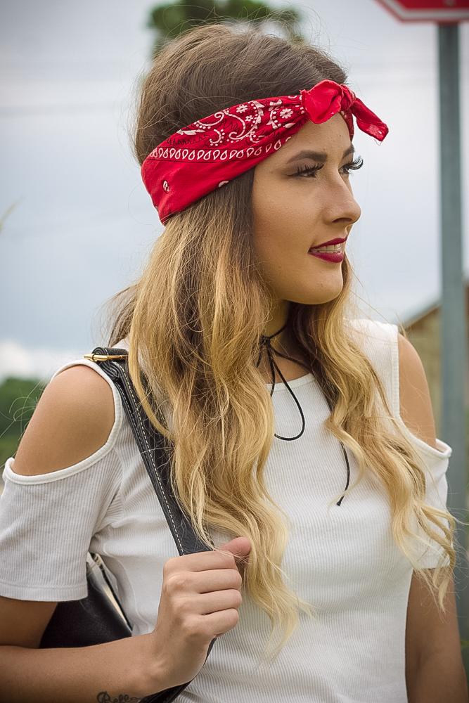 Look básico street com bandana na cabeça - Ally Arruda - Aline Arruda