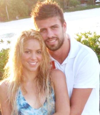 Foto de Shakira bajo el sol junto a su amor Gerard Piqué