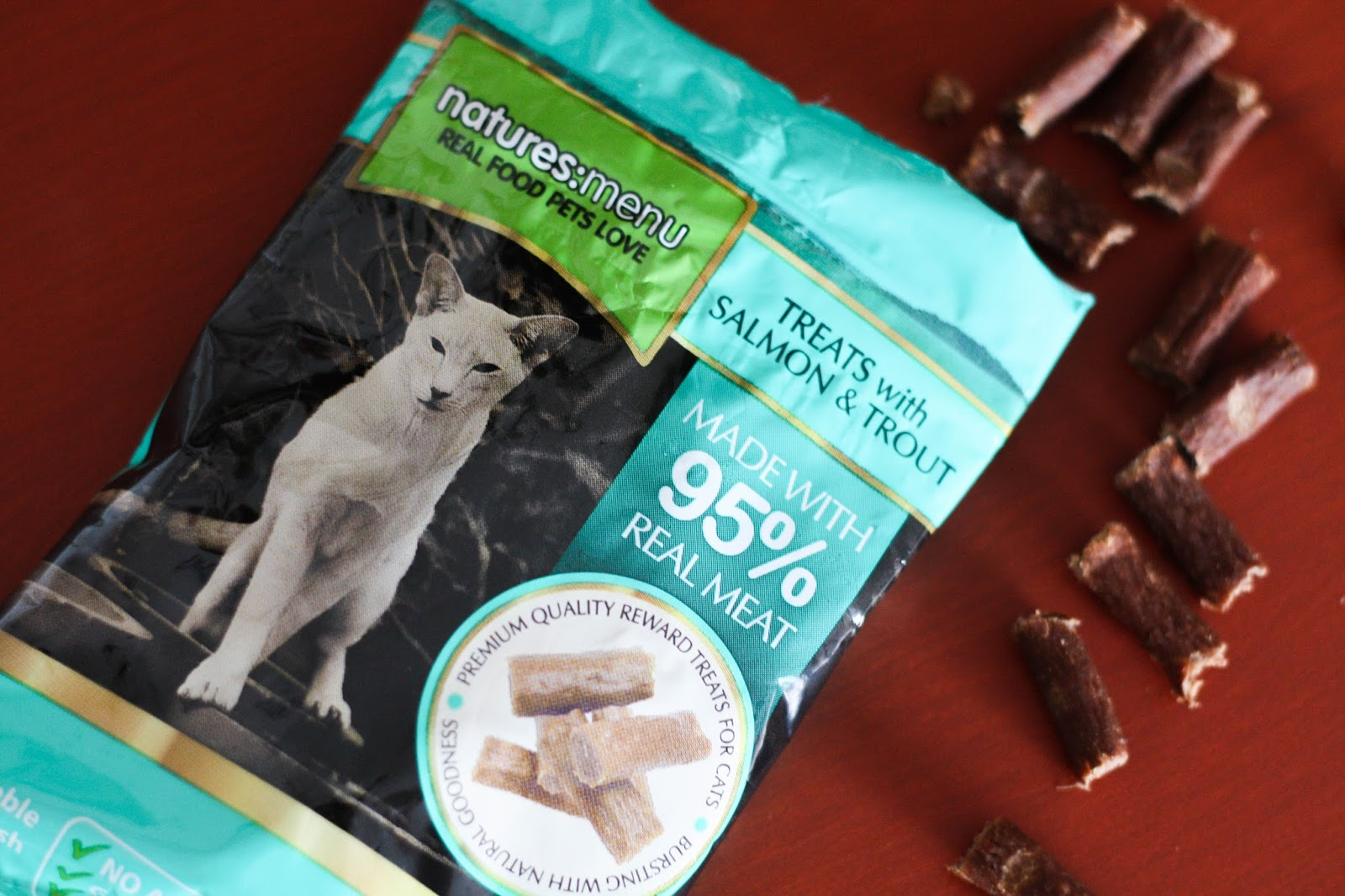 Feline Foodology: Treats with salmon & trout by Natures Menu
