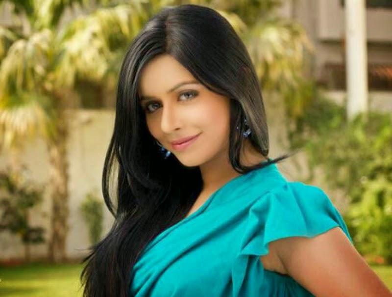 Aafreen - Vip Pakistani Escort In Dubai +971552244915