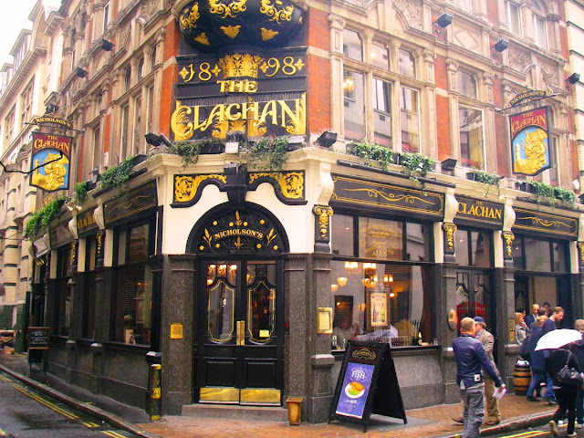 London pub i SoHo