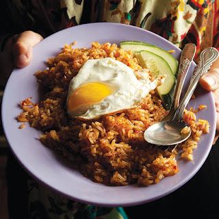 http://karangtarunabhaktibulang.blogspot.com/2016/02/cara-membuat-nasi-goreng-resep-restoran.html