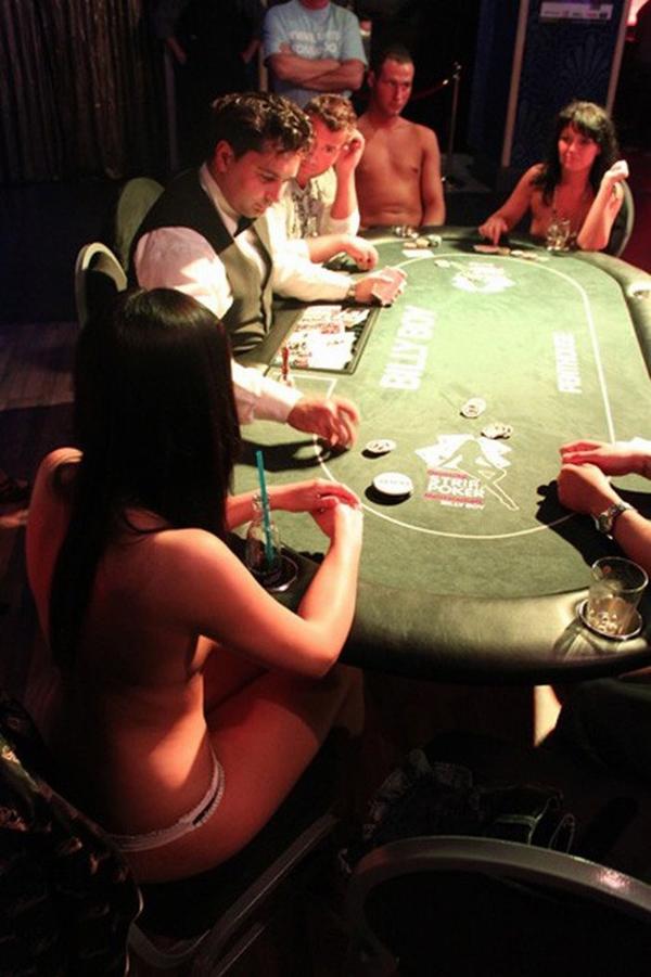Final strip poker picture