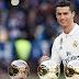 Ο Ρονάλντο πήρε τη 4η «χρυσή μπάλα» από τα χέρια του Φρανσίσκο Χέντο