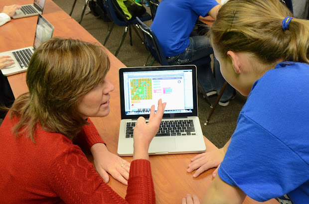 'neill Public Schools 24 7 Learning Initiative Hour Of Code