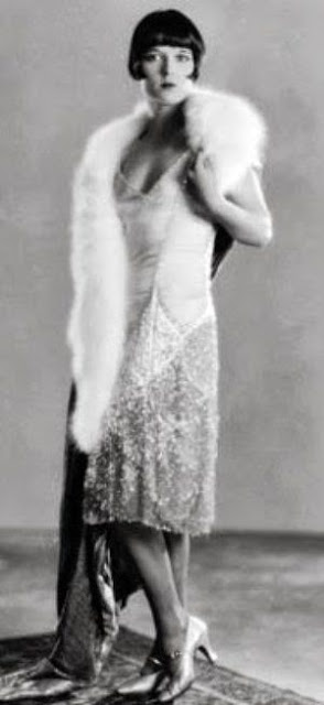Louise brookes wearing chanel 1920s fashion