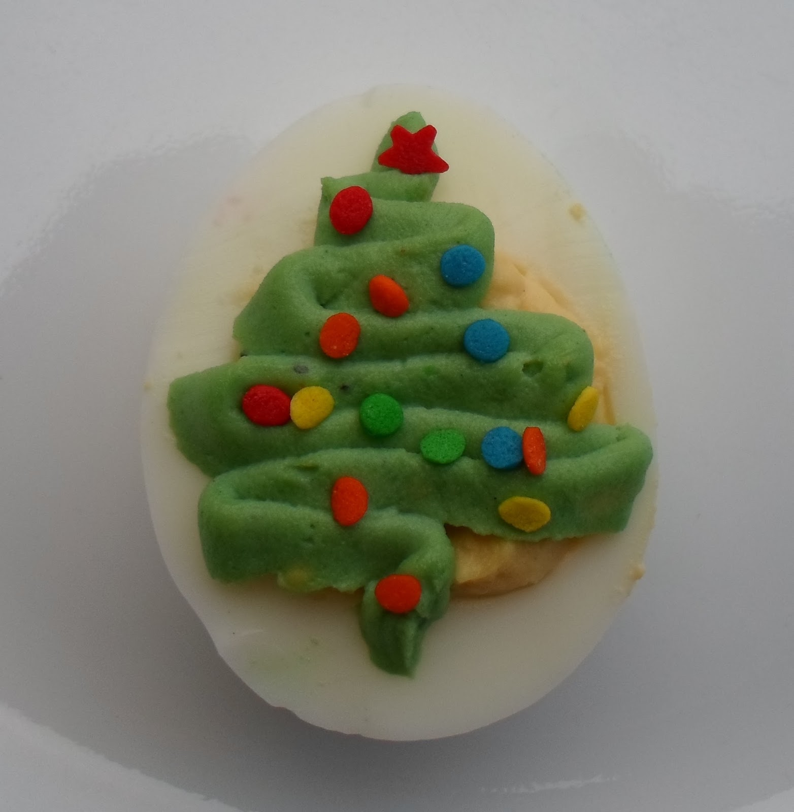 Happier Than A Pig In Mud: Christmas Tree Deviled Eggs