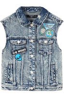 https://shop.mango.com/be-nl/meisje/jasjes/denim-gilet-met-patches_23095688.html?c=TM&n=1&s=RebajasT2_kidsA.familia;203