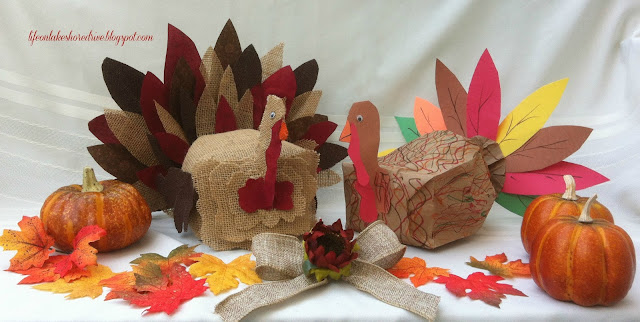 Sitting paper bag turkey craft