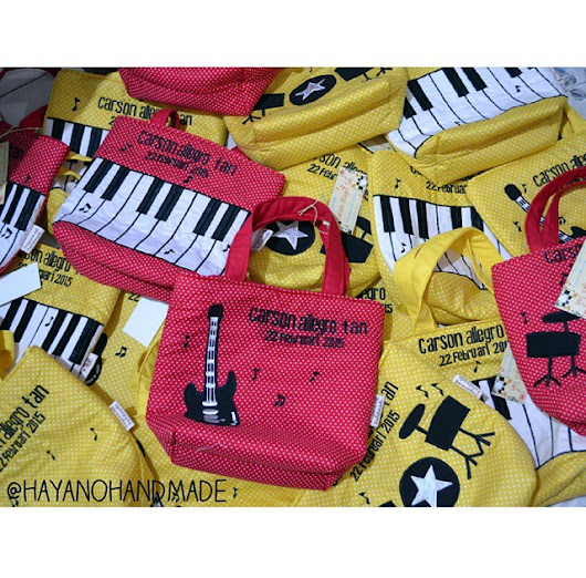 Mini Tote Bag with music instruments theme 🎼🎹🎸🎶🎶