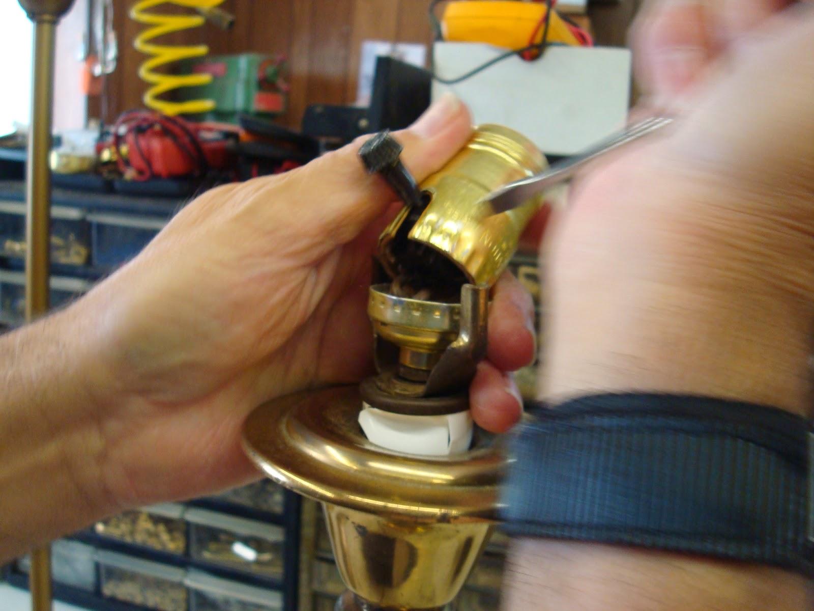 Lamp Parts and Repair  Lamp Doctor: Tighten Table Lamp Body
