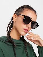 http://fr.shein.com/Double-Bridge-Round-Lens-Sunglasses-p-427743-cat-1770.html
