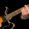 Belajar dan Mengenal Teknik Gitar Hammer On dan Pull Of