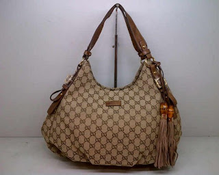 model tas gucci selempang