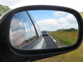 لضبط #المرايا_الجانبية_للسيارة وجعلها في أفضل وضعية