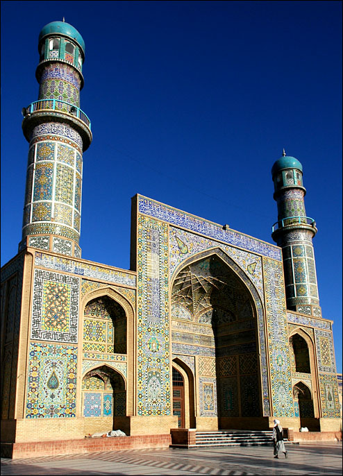 Historical And Famous Mosques Of World: FRIDAY MOSQUE