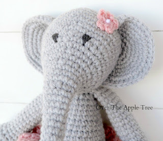Crochet Gifts 2015 by Over The Apple Tree