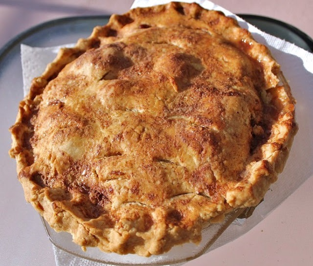 this is how to make a freshly baked apple pie recipe from scratch for Thanksgiving Day
