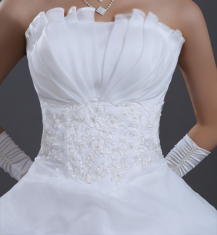 Affordable Wedding Gowns Mellow Flowers And Events