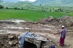 Waow!!!proyek siluman aspal decker dihentikan oleh pemerintah desa tawali