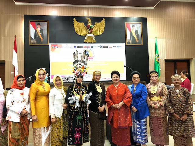 AKBP Andes Purwanti Raih Penghargaan Inspiring Women Award 2018