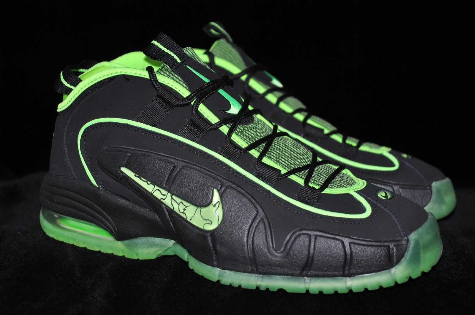 detailed look faf0e ee326 Air Max Penny 5 HOH. Picked up the black electric green Penny s and  Foamposites today. These were only released at the House of Hoops.